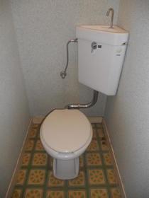 オレンジコーポ 103号室のトイレ