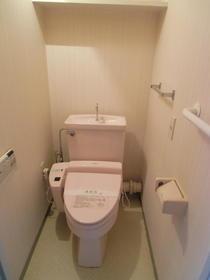 ロイヤルステージ弥生台 201号室のトイレ