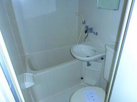 ベルピア鎌倉第3 204号室の風呂