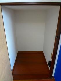 パオ瀬戸ヶ谷 101 101号室の収納
