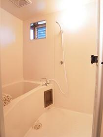 レジデンスセキネ 101号室の風呂
