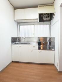 レジデンスセキネ 101号室のキッチン