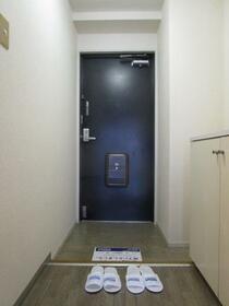 グリーンガーデン武蔵浦和 0310号室の玄関