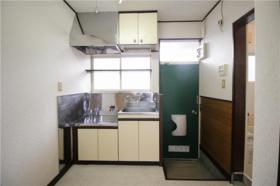 ハイツ山室A 102号室のキッチン