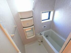 エトワール キューブ B 103号室の風呂