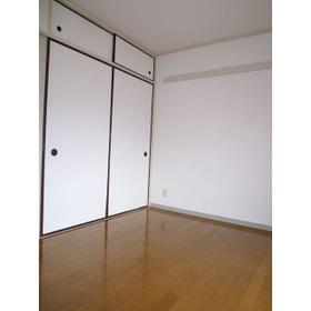 ベルハウス戸塚 0105号室の居室
