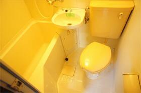 グリーンヒルHOKUTO 310号室の洗面所