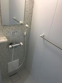 グリシュアーヴ 旭町 304号室の風呂