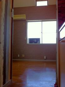 サンフラッツ橋戸 206号室のリビング