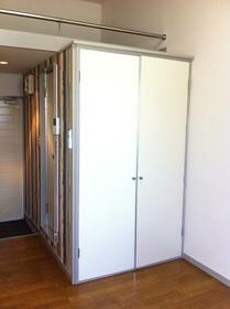 サンフラッツ橋戸 206号室の収納