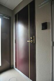 エスペランサ武蔵野 0107号室のエントランス