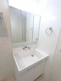 京和風 嵐山 星 102号室の洗面所
