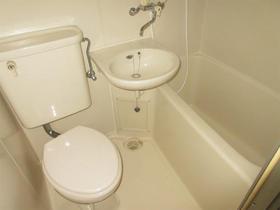エステートピア和光7 302号室の風呂