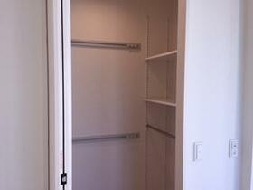 レインボー 101号室の収納