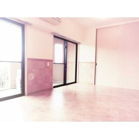 SANTAROSE 205号室の居室