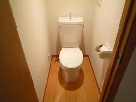フィットハウス初音ヶ丘弐番館 105号室のトイレ