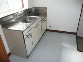 ファーストビレッジ 203号室のキッチン