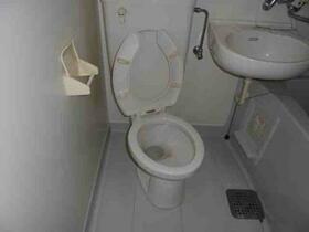 メゾン・ド・シャトー 0107号室のトイレ
