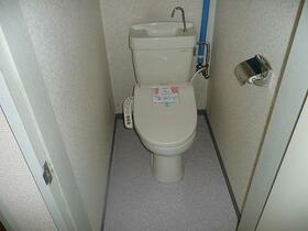 北都レジデンス 202号室のトイレ