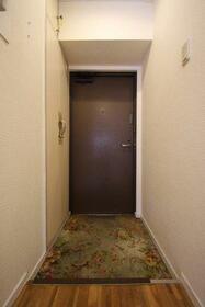 ライオンズマンション元町 311号室の玄関