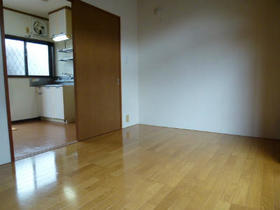 ハイツコウガクA 203号室の居室