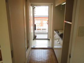 コスモタウン相模原 303号室のリビング