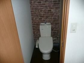パークハイツ 203号室のトイレ