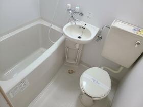 サンライフ池田 101号室の風呂