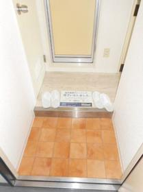 メゾン・ド・オルネ 0208号室の玄関