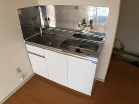 ウィン与野 101号室のキッチン