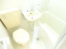 ガーデンシティーA 303号室の風呂