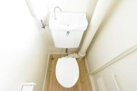 ビレッジハウス小林2号棟 0203号室のトイレ
