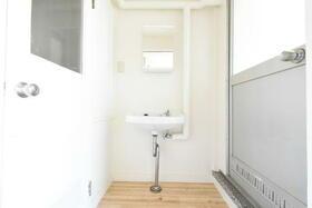 ビレッジハウス小林2号棟 0203号室の洗面所