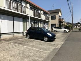 シティハイム ササヤマD 202号室の駐車場