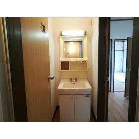 クラランス新鹿沼 旧石川アパート 101号室の洗面所