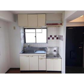 ハイアメージュ 305号室のキッチン