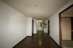 サニーヒル広瀬B棟 102号室のリビング