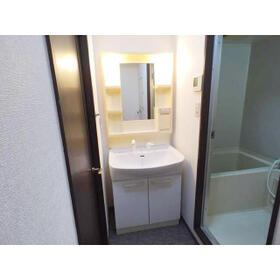 OMレジデンス八幡山公園 203号室の洗面所