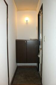 コーポなみまつ Ⅱ 102号室の玄関