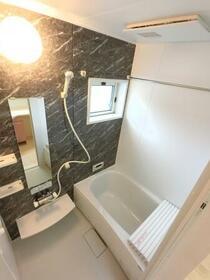 コ・クリエ B 201号室の風呂