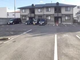 ヴィラ グランデ C 202号室の駐車場