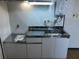 岩槻城北マンション 401号室のキッチン