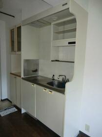 メゾン・ド・メルヴェーユ 0103号室のキッチン