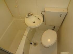 ファインキャッスル 201号室の風呂