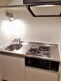 ル・リオン目黒Ⅱ 701号室のキッチン