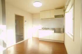 サンドゥエルCDEF棟 C202号室のキッチン