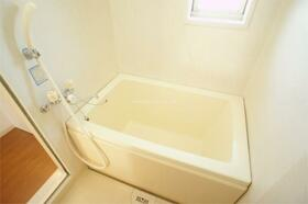 サンドゥエルCDEF棟 C202号室の風呂