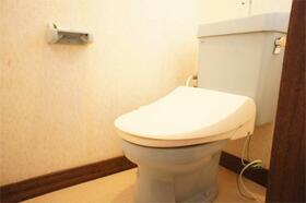 パシフィックハイツB、C B9号室のトイレ