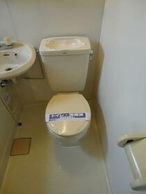 クリンピア 201号室のトイレ