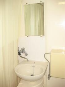 浅見ハイツ 101号室の洗面所